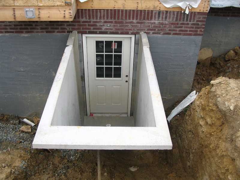 Basement entrance contractors basement entrance ideas for Basement entry ideas